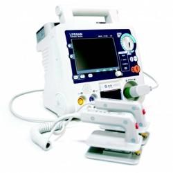 Desfibrilador para uso hospitalario con pantalla LCD